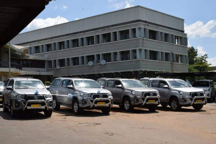World Bank Donates Vehicles to Ministry of Education