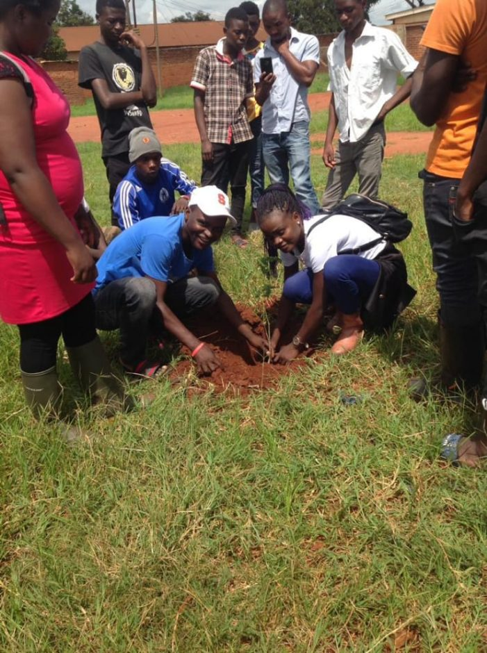 Blantyre Youths Gets K3 Million For Afforestation