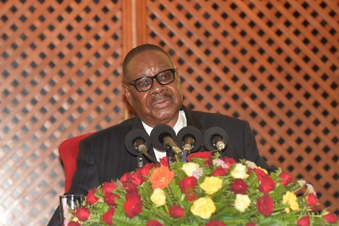 Malawi President Mutharika Challenges Cabinet to Protect Resources