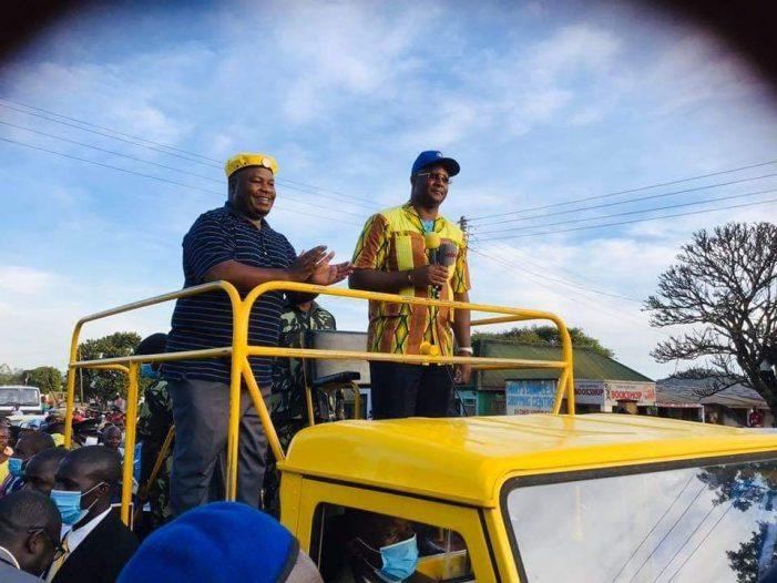 Nankhumwa Campaigns For Mutharika, Muluzi