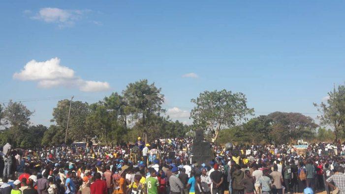 Atupele Shakes Kasungu, touts unity and oneness