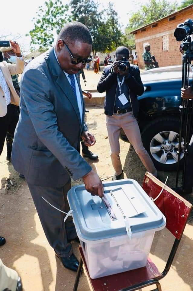 Mutharika Concerned With 'Beating Up' Of DPP-UDF Monitors By MCP-UTM Thugs in Lilongwe