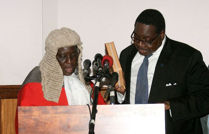 Malawi Court Rebuffs Mutharika: Slaps Him With Costs