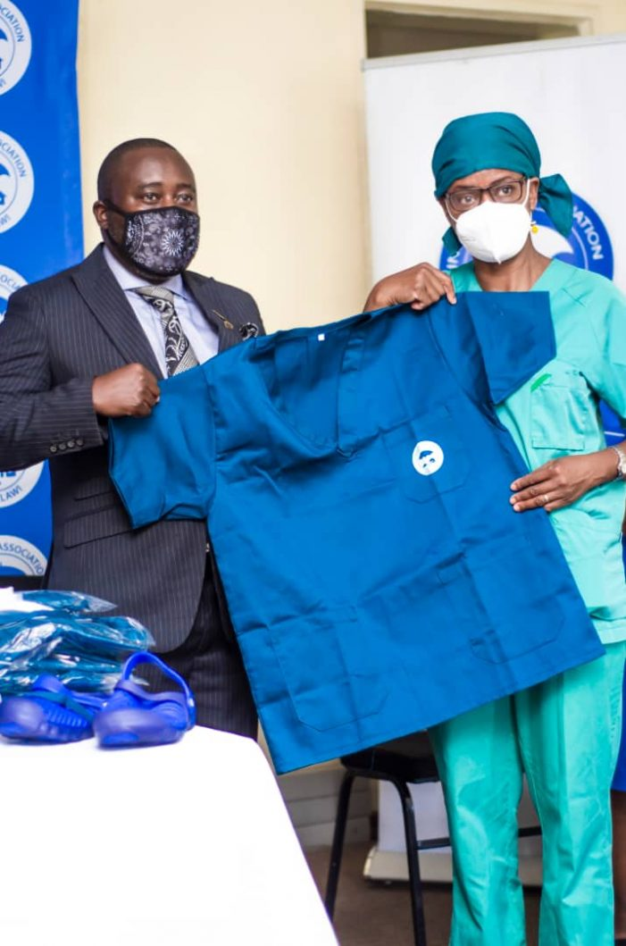 Insurance Association aids health workers at QECH