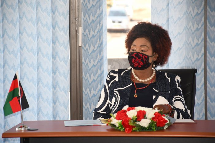 Kaliati Warns Against Bureaucracy in Government Offices