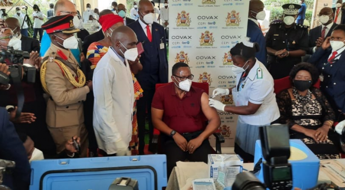 Chakwera Launches Covid-19 Vaccine, Calls For Acceptance
