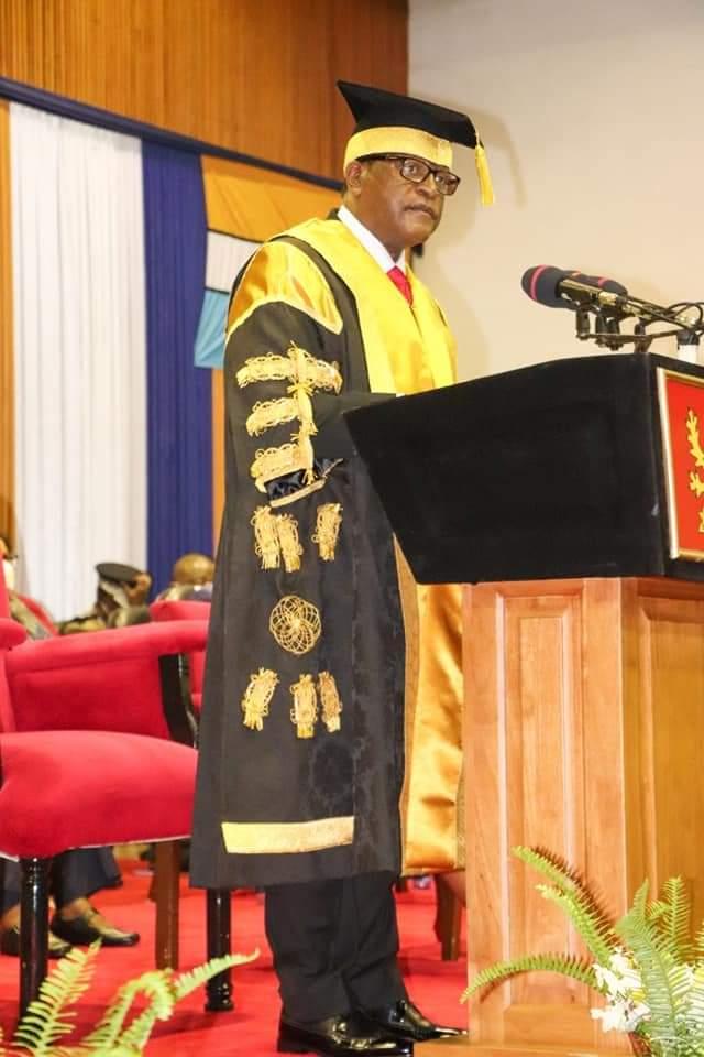 Lazarus Chakwera Challenged Unima to Maintain Standards