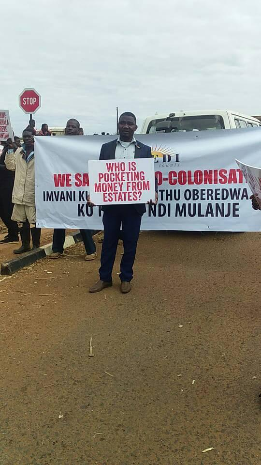 BREAKING NEWS: Demonstrators stranded as Thyolo DC withholds permission to landless people
