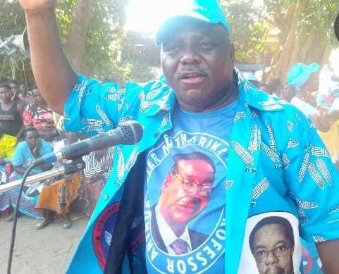 Nankhumwa Congratulates Symon 'Boma Ndi Chi Matchini' Kaunda